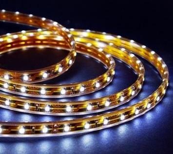 Striscia strip LED SMD5050 5m 300 LED luce calda